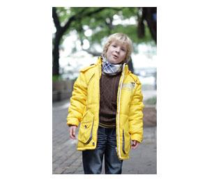 蓝眼精灵黄色棉衣