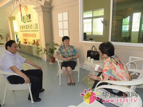 万婴迎来全国政协常委、湖南省侨联主席曹娅一行