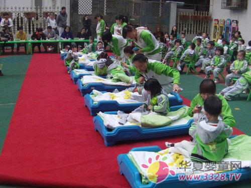 万婴曙光幼儿园第二届幼儿穿衣服比赛回顾